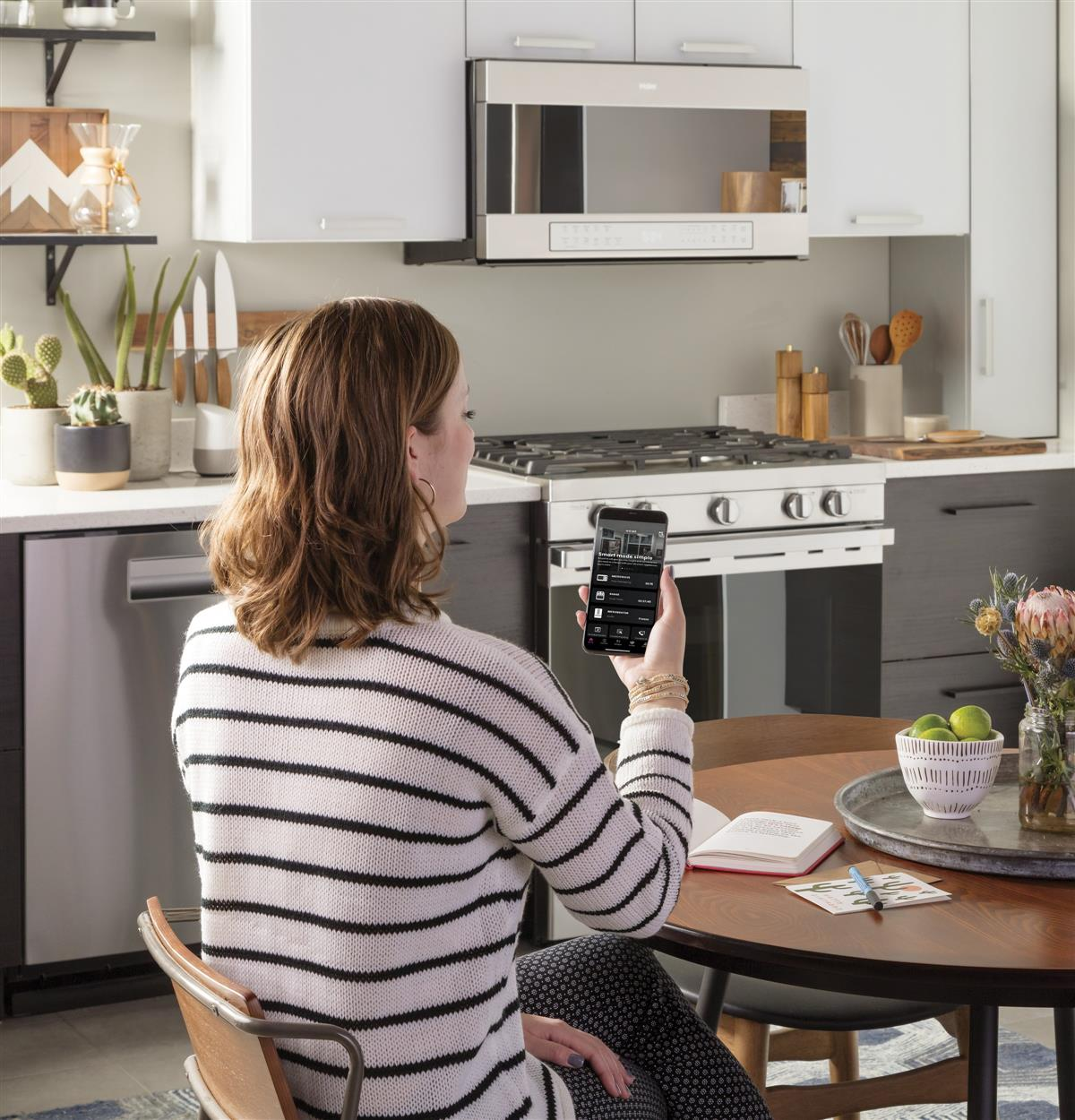 Stay connected, wherever you are. Communicate with your over-the-range appliance through your smart device, anytime, anywhere.