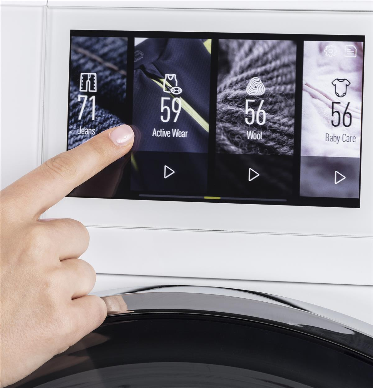 Simple, intuitive, LCD display with touchscreen technology makes operating this washer a breeze