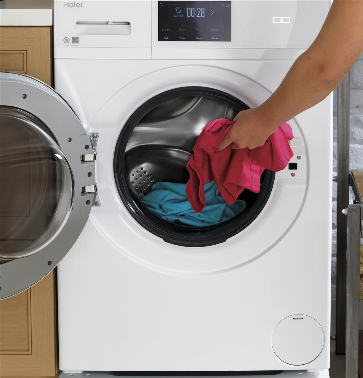 Need to wash and wear? You got it. The Quick Wash option lets you clean lightly soiled items in a hurry