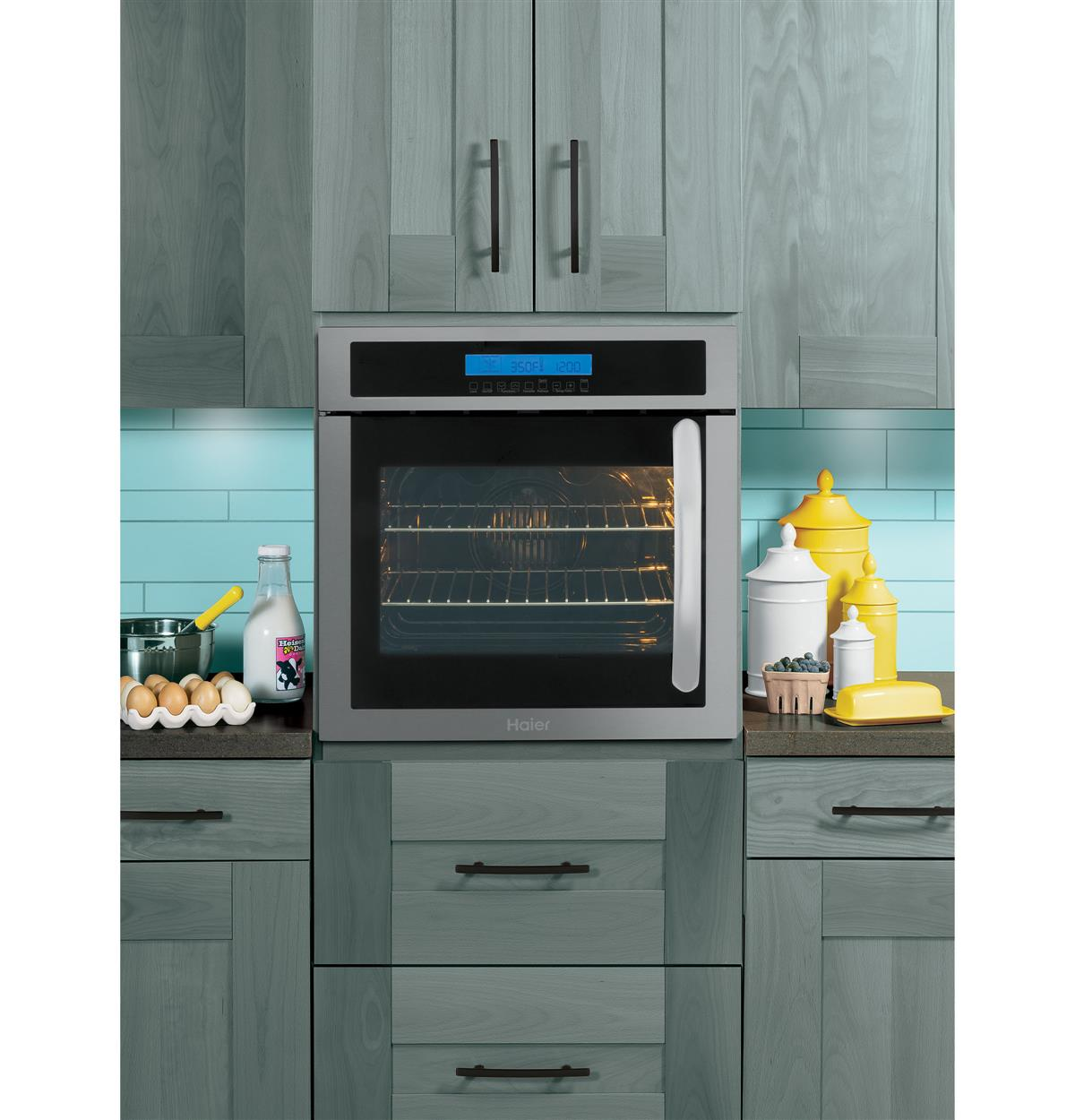 Stainless Built-In Ovens HCW225LAES Installed