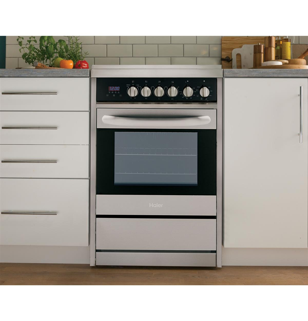 Stainless Free Standing Ranges HCR2250AES Installed